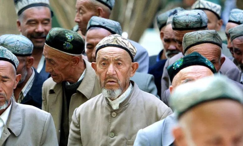 تدير السلطات الصينية سجونا محصنة تسجن فيها حوالي مليونا مسلم.