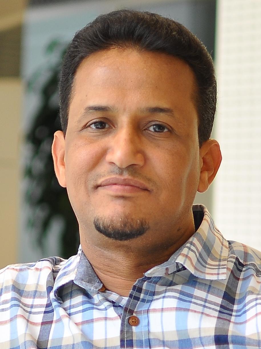 محمد المختار الشنقيطي أستاذ الفكر السياسي بجامعة قطر