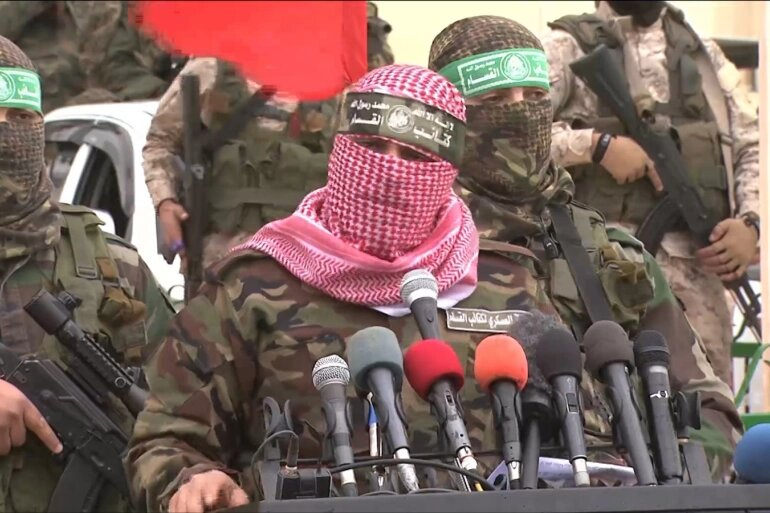لا يعرف الجمهور عن أبو عبيدة سوى صورة الملثم الذي يرتدي الزي العسكري